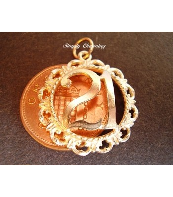 21 in Decorative Surround 9ct Gold Charm / Pendant