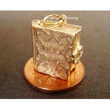 Holy Bible Opening 9ct Gold Charm