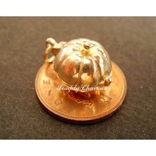 Pumpkin - Mouse Opening 14ct Gold Charm