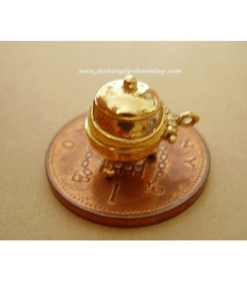 9ct Gold Witches Cauldron Opening Charm