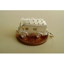 Horsebox Opening Sterling Silver Charm