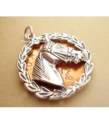 Horses Head in Laurel Leaf Surround Sterling Silver Charm / Pend