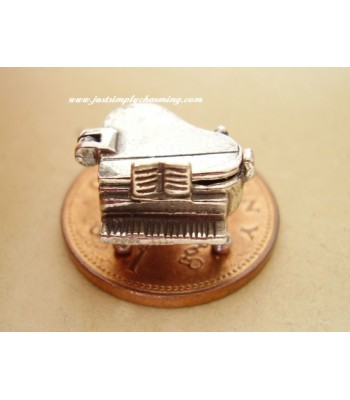 Sterling Silver Piano-Cat Opening Charm